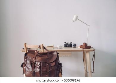 Apple style work desk