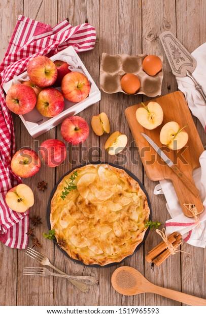 apple-tart-sugar-cinnamon-topping-600w-1
