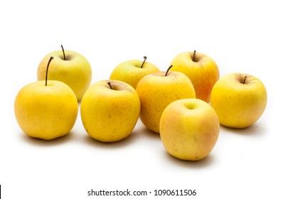 Apples golden yellow