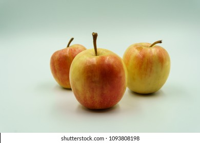 apples on white background