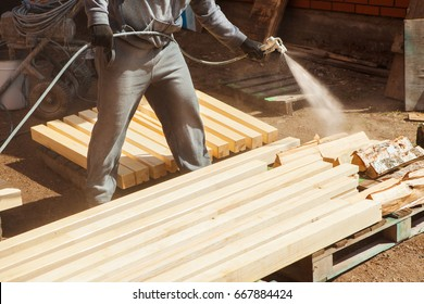 Application of flame retardant ensuring fire protection, airless spraying device.