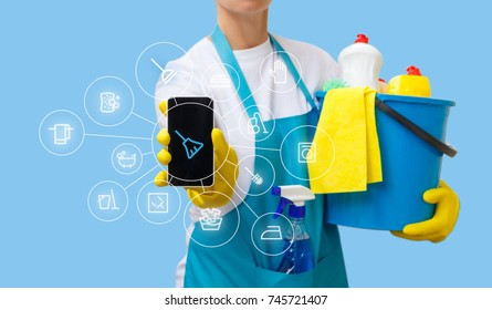 Application of housekeeping service in the mobile phone . A concept design.