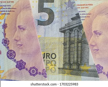 approach to european banknote and argentine bills of 100 pesos