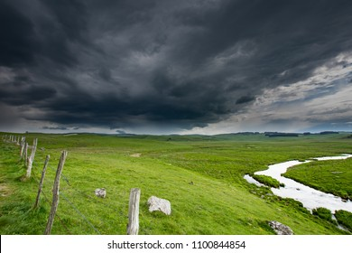 approach of storm