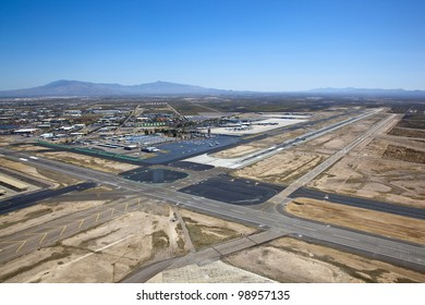 Approach to Tucson International Airport