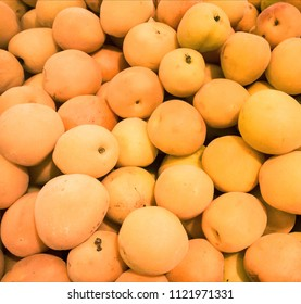 apricots in market
