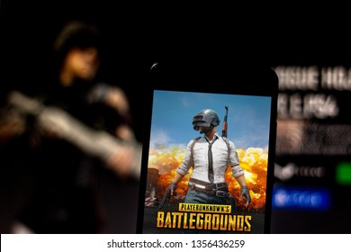 April 1, 2019, Brazil. Play PlayerUnknown's Battlegrounds (PUBG) on the screen of the mobile device. PUBG is an electronic multiplayer game.