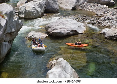 April 17, 2015 La Ceiba, Honduras: the Canrejal river in the pico Bonito national park is a popular place for kayaking and rafting