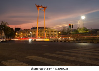 April 17, 2019 , Giant Swing , which is one of the symbols of Bangkok . It is also a tourist attraction With tourists to come visit and photograph them. public place