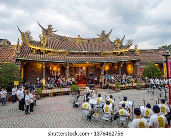 April 18 2019-The Bao'an Temple will hold a series of folk array performances, a religious parade, lighting of the Fire Lion firecrackers in Taipei, Taiwan