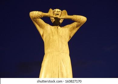 "APRIL 2008 - BERLIN: the sculpture and monument ""Der Rufer"" (The Shouter), Strasse des 17. Juni, Berlin-Tiergarten."