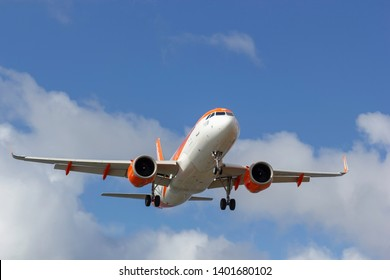 April 2019. César Manrique-Lanzarote Airport. EasyJet, Airbus A320- 251N approaching runway, landing. EasyJet, is a British low-cost airline. Services on over 1,000 routes in more than 30 countries.