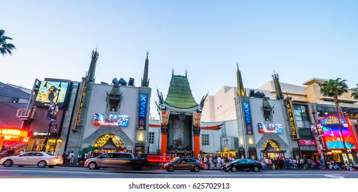 April 22 2017 : View of nightlife businesses on Hollywood Boulevard on April 22 2017 in Hollywood Boulevard. Restaurants, nightclubs, and theaters attract tourists from all over the world.