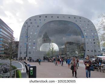 April2017, Highest profile new buildings of 2014, MVRDV's Markthal Rotterdam is a huge horseshoe-shaped market hall and housing development. This dramatic Market Hall also fillled with delicious food.
