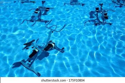 Aquabiking in swimmingpool