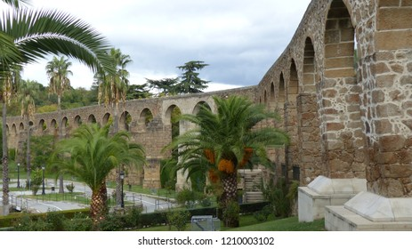 Aqueduct of San Anton, in Spanish: Apueduto de San Anton, built in the 16th century. Plasencia, Spain