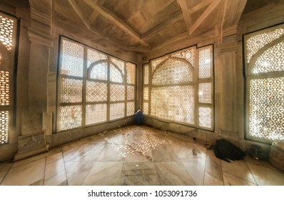 Ara, Uttar Pradesh, India - december 25th 2017: Marble screen inside sufi saint Salim Chisti's Dargah at UNESCO World Heritage Site of Fatehpur Sikri,