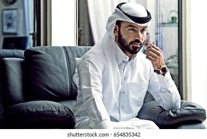 Arab BusinessMan Wearing Qatari Traditional Dress ( Arab Confident Businessman Vision )