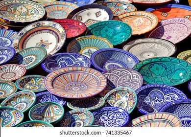 Arab craftware displayed on a city market on a sunny day