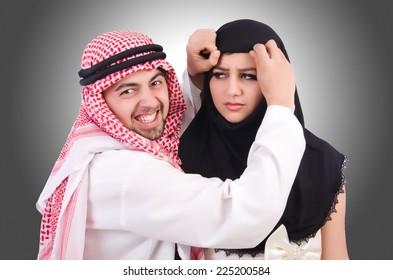 dating arabian man