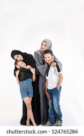 Arab mothers with their kids