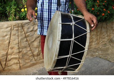 An Arabic musical percussion instrument used traditionally for Dabke dance.