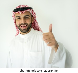 Arabic young businessman with thumb up