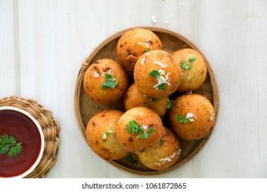 Arbi koftas are very tasty, crispy and nutty in flavor. It's spongy and fluffy unlike potato koftas.