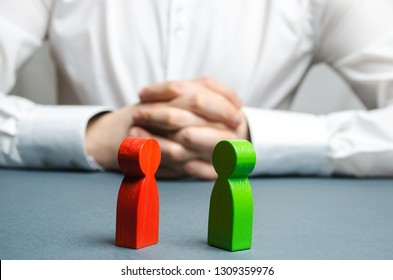 The arbitrator examines the conflict situation between people. Search for solutions and compromises. Court and law. Justice. Verdict. Legal support. Conflict of interest. Smoothing disputes.
