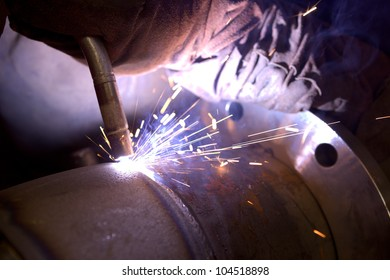 arc weld closeup sparks