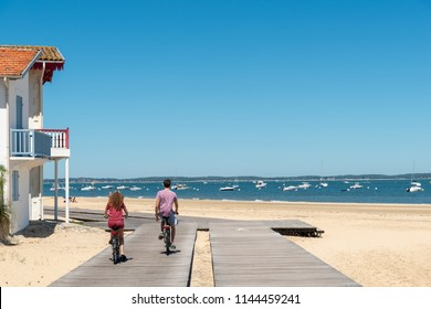 Arcachon (Arcachon Bay, France), the seafront