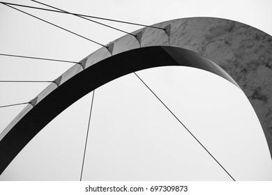 arch of the bridge