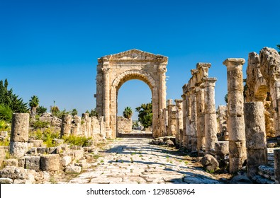 Arch of Hadrian at the Al-Bass Tyre necropolis. UNESCO world heritage in Lebanon
