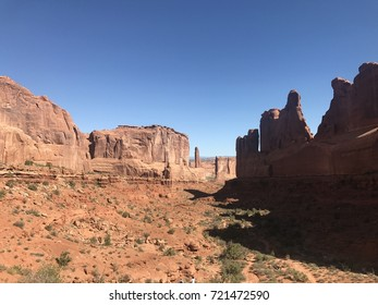 Arches National Park - Shutterstock ID 721472590