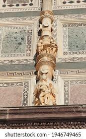 Architektonische Details des Klosters Pavia, Italien