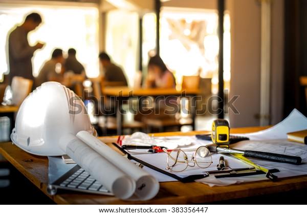 Konzeption von Architekturbüro-Schreibtisch-Hintergrund-Projektideen