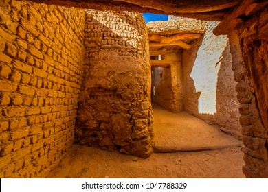 Architecture of Al Qasr, old village in Dakhla Desert, Egypt