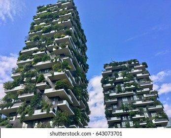 Architecture & buildings in Milan