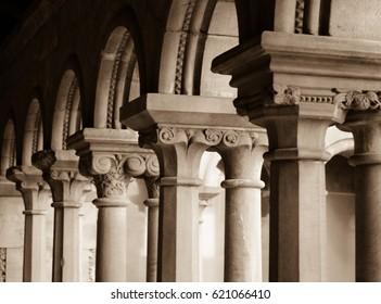 architecture deatil column