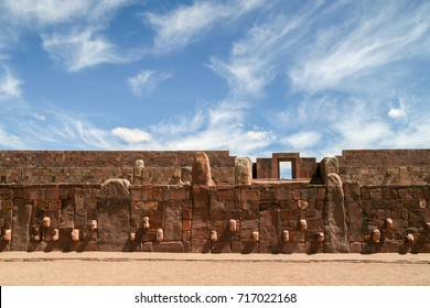 Architecture wall with stone faces of Tiwanaku near La Paz in Bolivia, a pre-columbia historic site