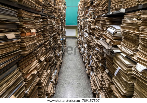 Archive folder, Pile of Files