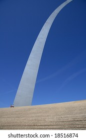 arch,take at St Louis.