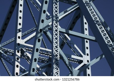 Archtecture of bridge.