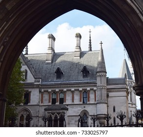 Archway view of Royal Courts of Justice London