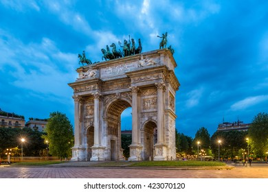 Arco della Pace in the evening, triumphal arch, Milan, Italy