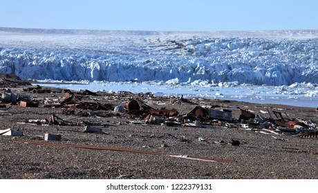 Arctic coast pollution
