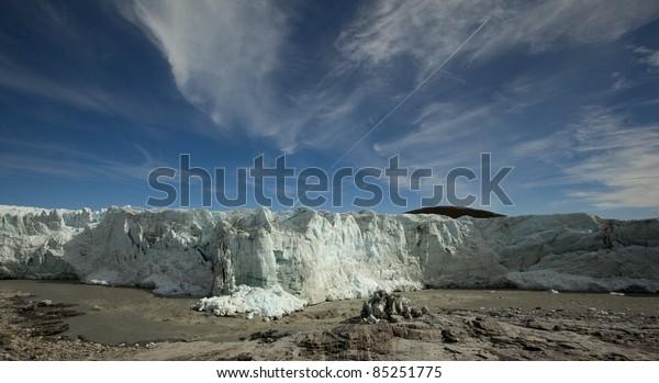 Arctic ice cap (Russell Glacier) at Sondrestrom (Kangerlussuaq), Greenland.