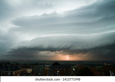 An arcus cloud is a low, horizontal cloud formation, usually appearing as an accessory cloud to a cumulonimbus. Roll clouds and shelf clouds are the two main types of arcus.