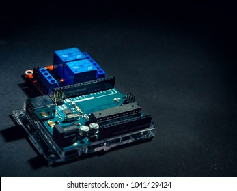 Arduino controller board and relay