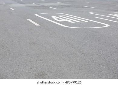 Area limit 40 km/h.